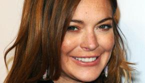 Lindsay Lohan Demands To Meet Vladimir Putin