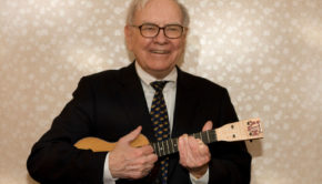 Warren Buffet Just Released His Tax Info For This Reason