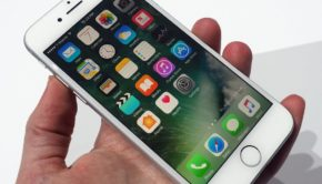 Apple's (AAPL) iPhone Sales Could Keep Dropping