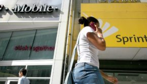 Sprint Starts Merger Talks With T-Mobile